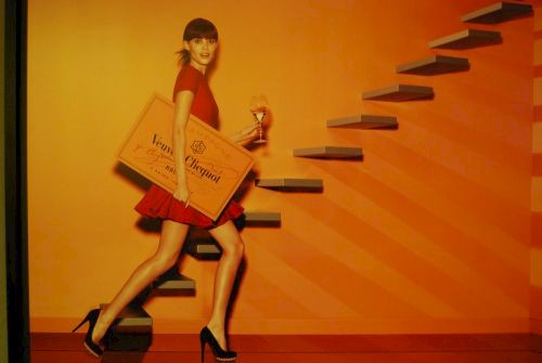 The Merry Widow Veuve Clicquot © Lisa Gerard-Sharp