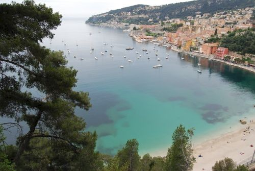 Beaulieu towards Villefranche © Lisa Gerard-Sharp